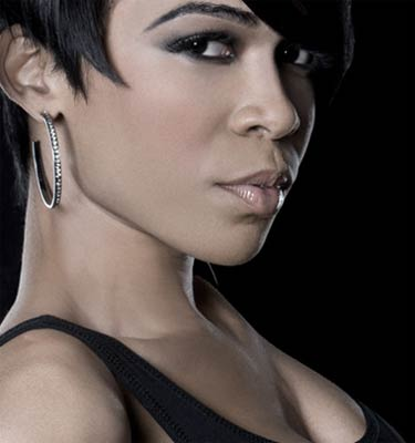 Photo of singer Michelle Williams