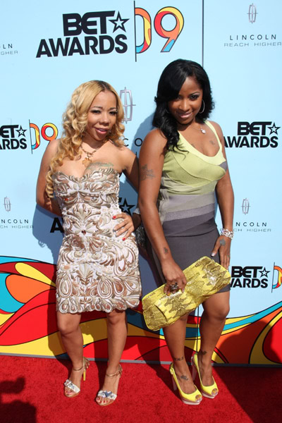 Tiny and Toya at BET Awards 2009 Red Carpet