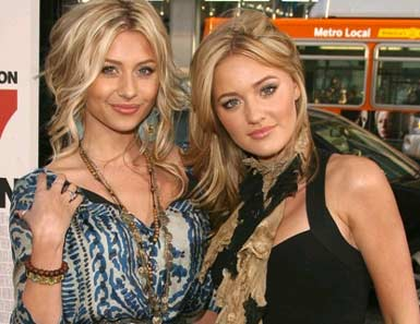 Photo of Aly and AJ - 78Violet