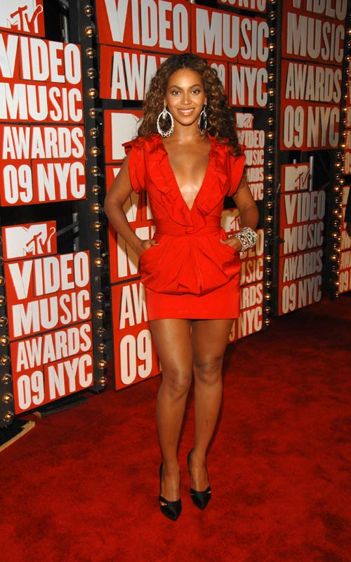 Photo of Beyonce Knowles at 2009 MTV VMA's