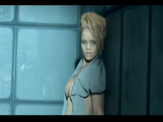 Russian roulette rihanna video oficial