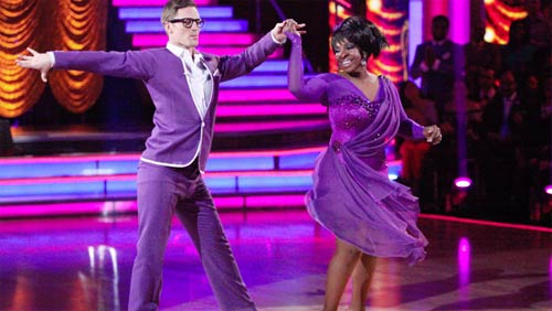 Picture of Glady Knight and dance partner Tristan MacManus on DWTS