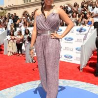 2012 BET Awards - Photo La La Anthony Red Carpet