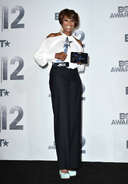 2012 BET Awards – Photo Yolanda Adams on the Red Carpet
