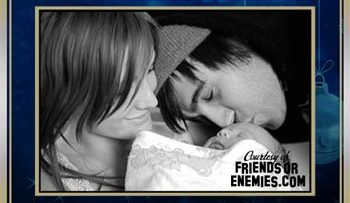 Ashlee Simpson, Pete Wentz and Bronx E-Card