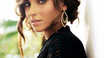 Photo of singer Nelly Furtado