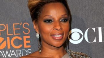 Mary-J-Blige-Peoples-Choice-Awards-2010