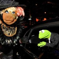 Miss Piggy and Kermit the Frog of Muppets Movie