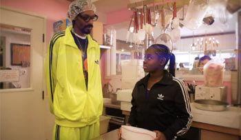 Photo of Cori B with a cameo from Snoop Dogg for Do My Thang