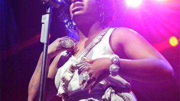 Photo of Fantasia Barrino Singing