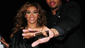 Photo of Beyonce with her bodyguard