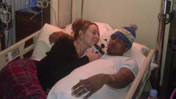 Photo of Mariah Carey in the hospital bed with Nick Cannon
