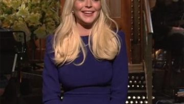 Photo of Lindsay Lohan – Saturday Night Live  – SNL