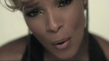 Photo – Mary J Blige – Don't Mind Music Video