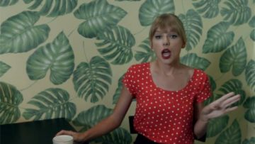 Photo – Taylor Swift in We Are Never Getting Back Together music video