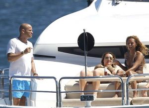 Mel B on Sydney Harbour with girl friends and husband Stephen Belfonte aboard yacht