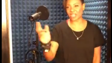 MC Lyte Get It Started in the booth