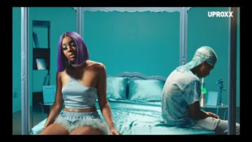 Moxie Knox – Love Me Right (Music Video)